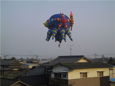 アジア最大級の熱気球競技大会「佐賀バルーンフェスタ 2012」がいよいよ開催