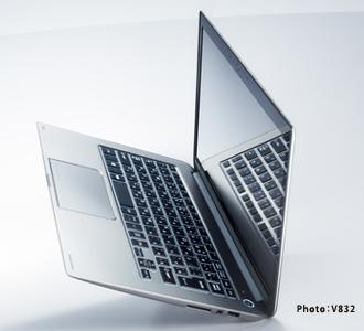 "【dynabook V832】MacBook Airよりもいいかもしれない‥と思える東芝のUltrabook""KIRA""に新モデルが登場"
