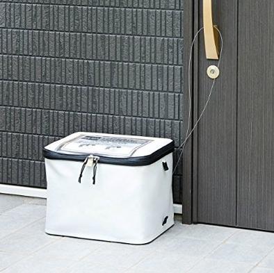 自宅の玄関に簡単に設置できる宅配ボックスが五千円未満でサンワサプライから発売!