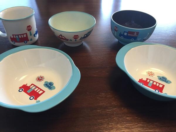 食洗機対応で絵柄も男の子向けな子供皿「YUMMY smile」で揃えてみた